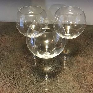 Crate and Barrel Red Wine Stem Glasses